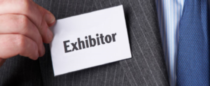 Exhibitor on suit